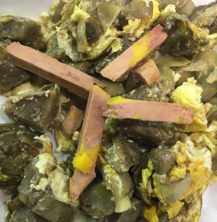Alcachofas de Benicarló con huevo pochado y foie